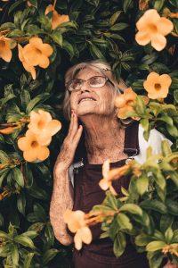 הרהורים על הדימוי העצמי של אנשים בשנות השמונים לחייהם / מרים בן דוד